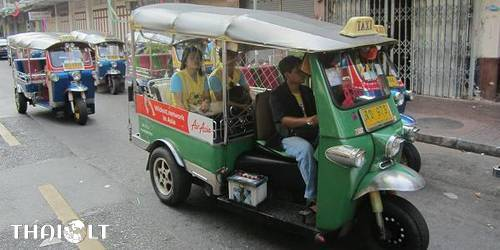 Hop on Hop off Bangkok – Hop on Bus, Boat or Tuk-Tuk